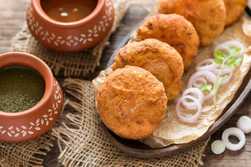 Pyaaz Kachori, Via: Archana'skitchen.com