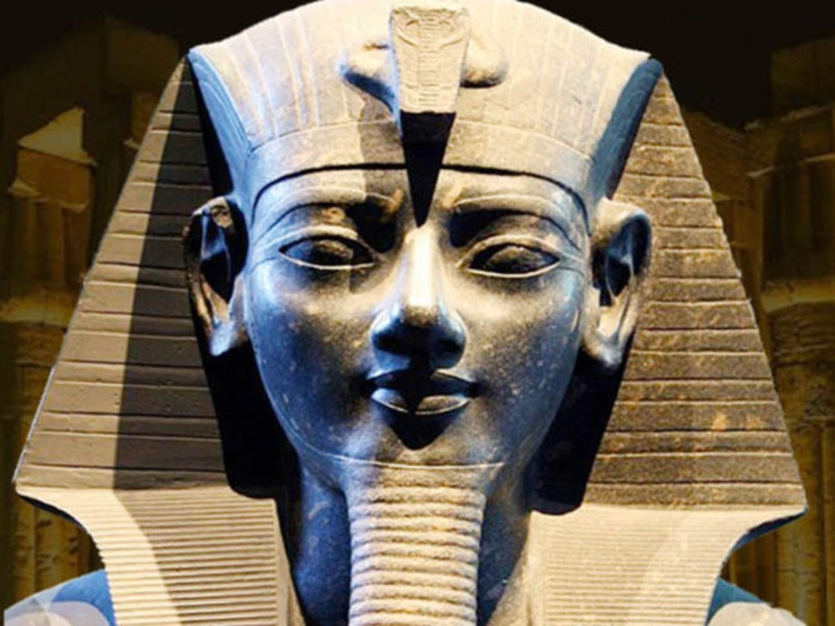 Statue of Amenhotep-III